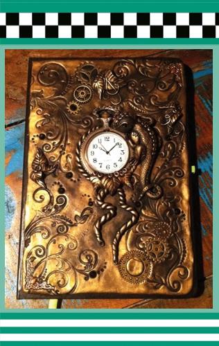 Magic-Books von Hand modelliert